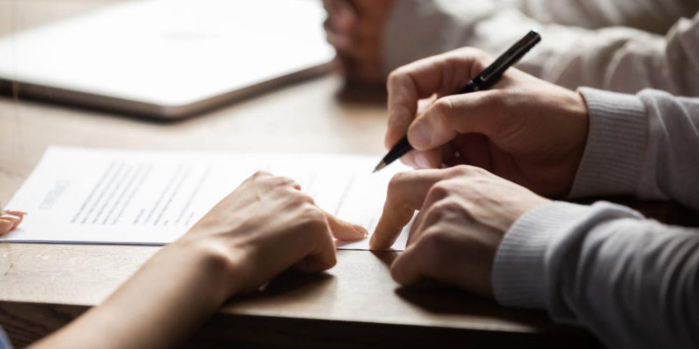 (Polski) Formy zawierania umów: pisemna, dokumentowa, elektroniczna. Sprawdź różnice!